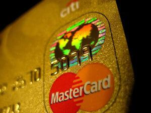 ゴールドカードでかっこいいのはどれ?