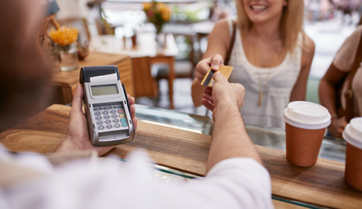 デビットカードの審査とは?クレジットカードの審査比較も含めて紹介!